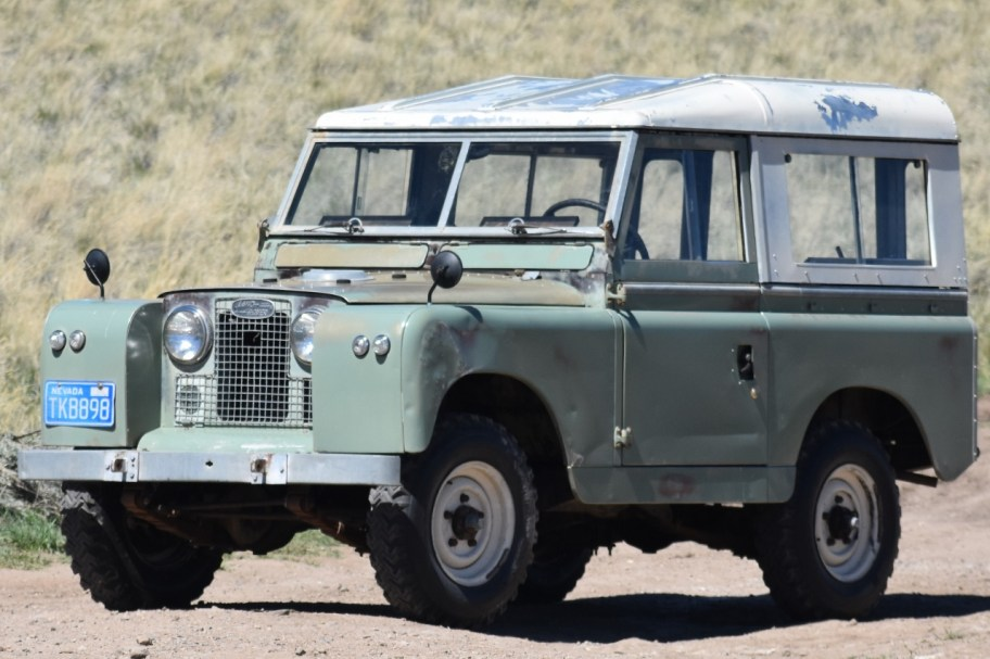 No Reserve: 1965 Land Rover 88 Series IIA Diesel 4x4