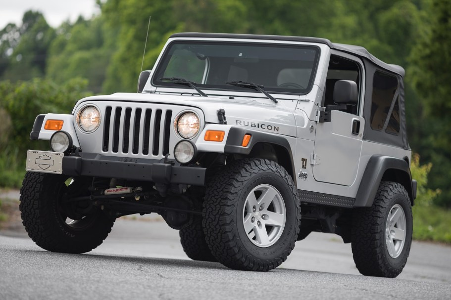 Original-Owner 2006 Jeep Wrangler Rubicon 4x4 6-Speed