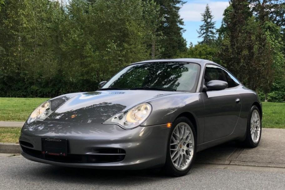 8k-Mile 2002 Porsche 911 Carrera Coupe