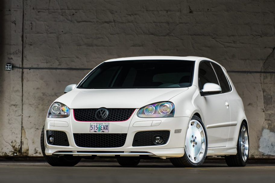 Modified 2007 Volkswagen Golf GTI