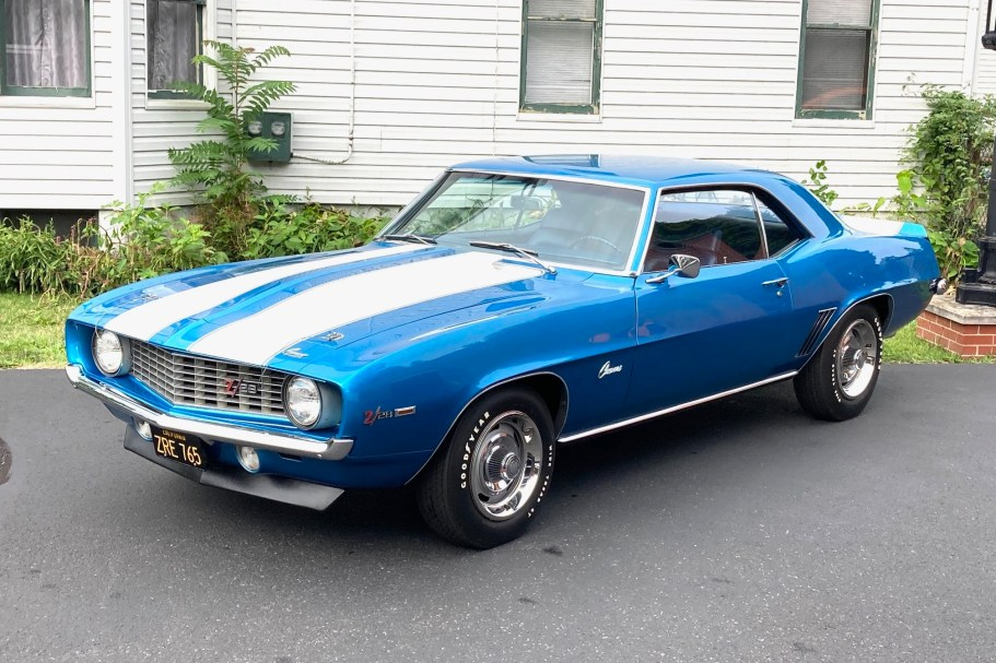 1969 Chevrolet Camaro Cross-Ram Z/28 4-Speed