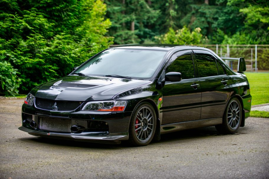 35k-Mile 2006 Mitsubishi Evolution IX MR 6-Speed