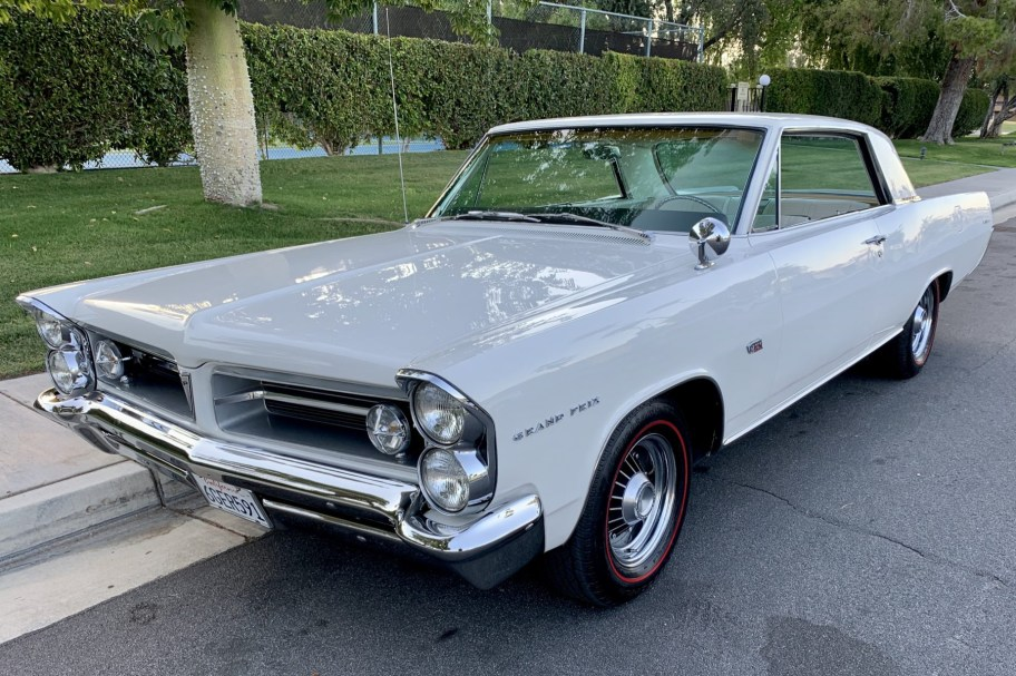 421-Powered 1963 Pontiac Grand Prix Super Duty Tribute 4-Speed