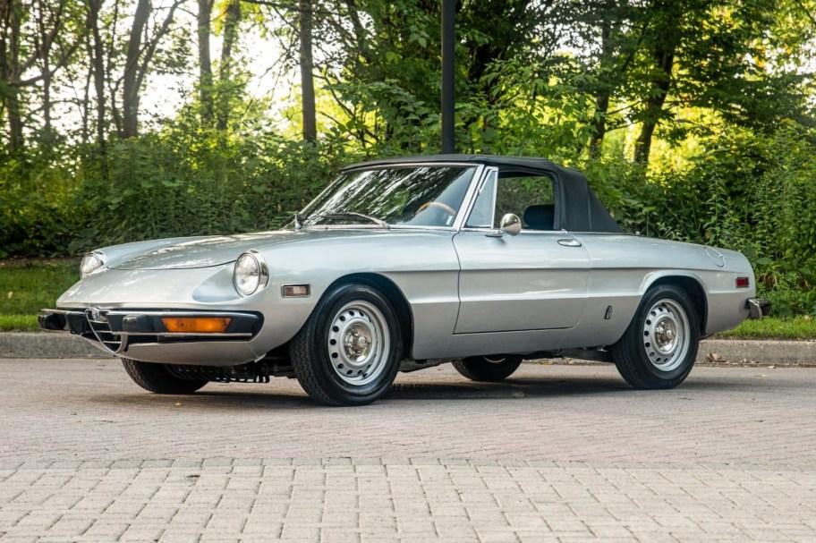 1973 Alfa Romeo 2000 Spider Veloce