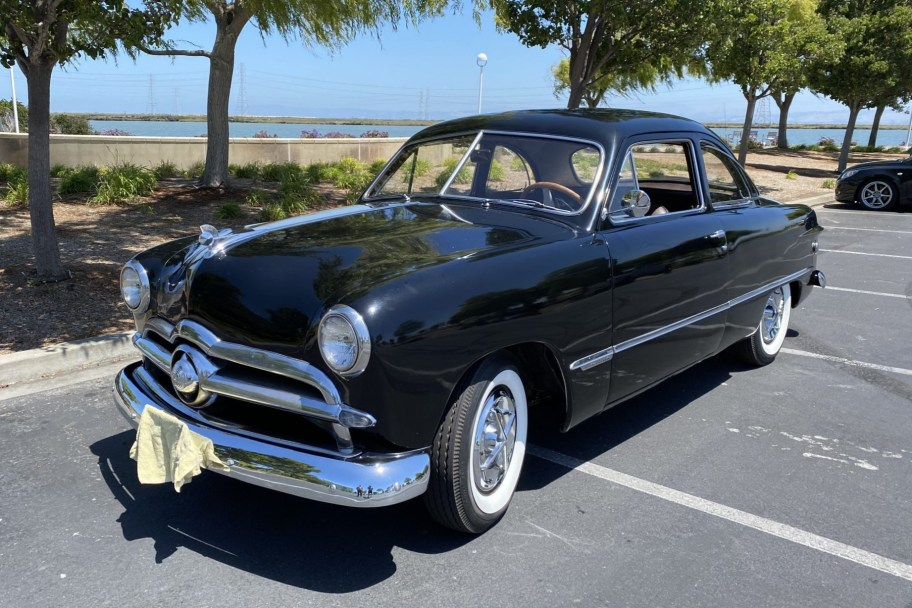 1949 Ford Custom Club Coupe