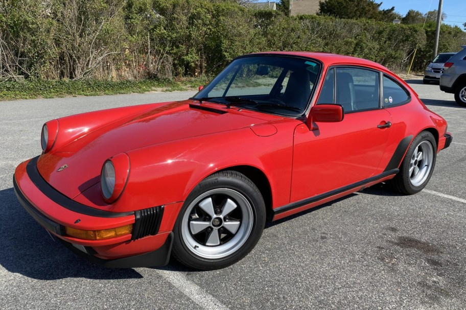 1986 Porsche 911 Carrera Coupe