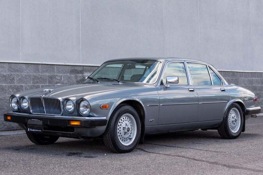 No Reserve: 1987 Jaguar XJ6 Sovereign