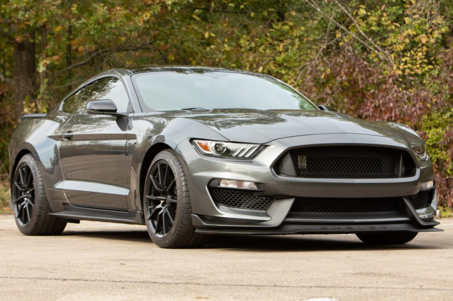 3,200-Mile 2017 Ford Shelby Mustang GT350