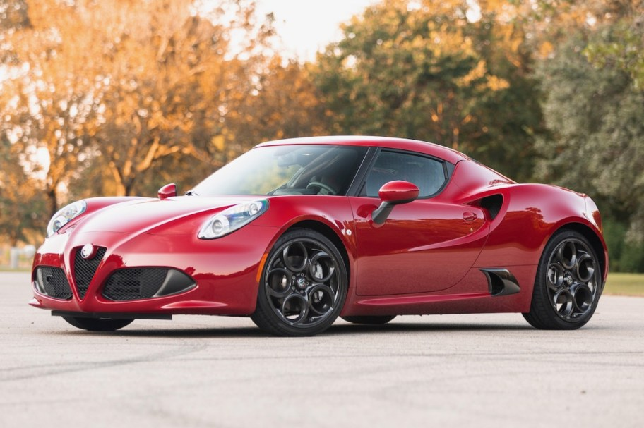 Original-Owner 2k-Mile 2018 Alfa Romeo 4C Coupe