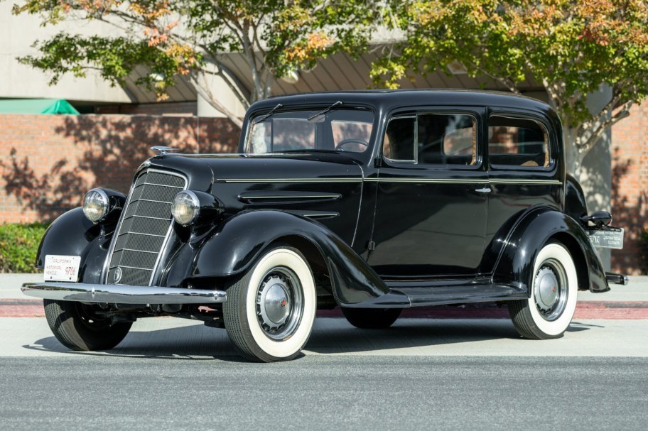 1934 Oldsmobile F34 2-Door Touring Sedan