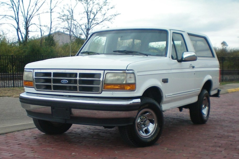 No Reserve: 1994 Ford Bronco XLT
