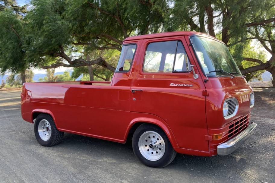 302-Powered 1965 Ford Econoline Pickup