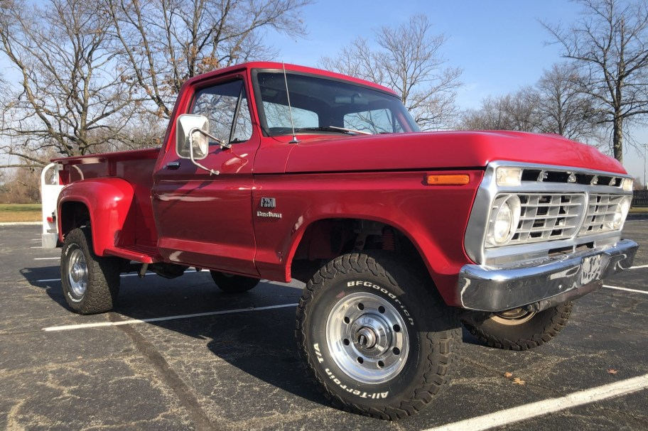 No Reserve: 1974 Ford F-250 4x4 4-Speed Flareside