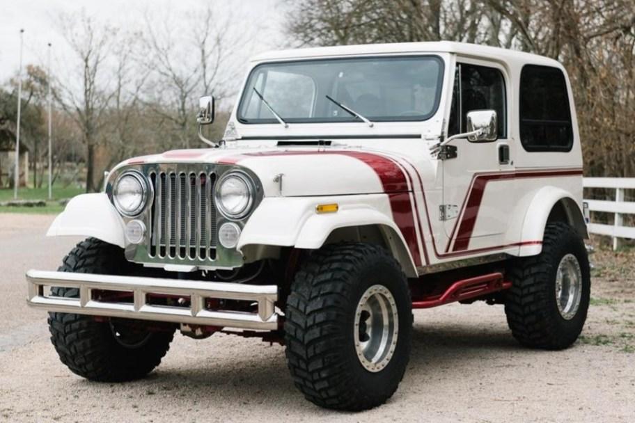 Modified 1986 Jeep CJ-7 4-Speed