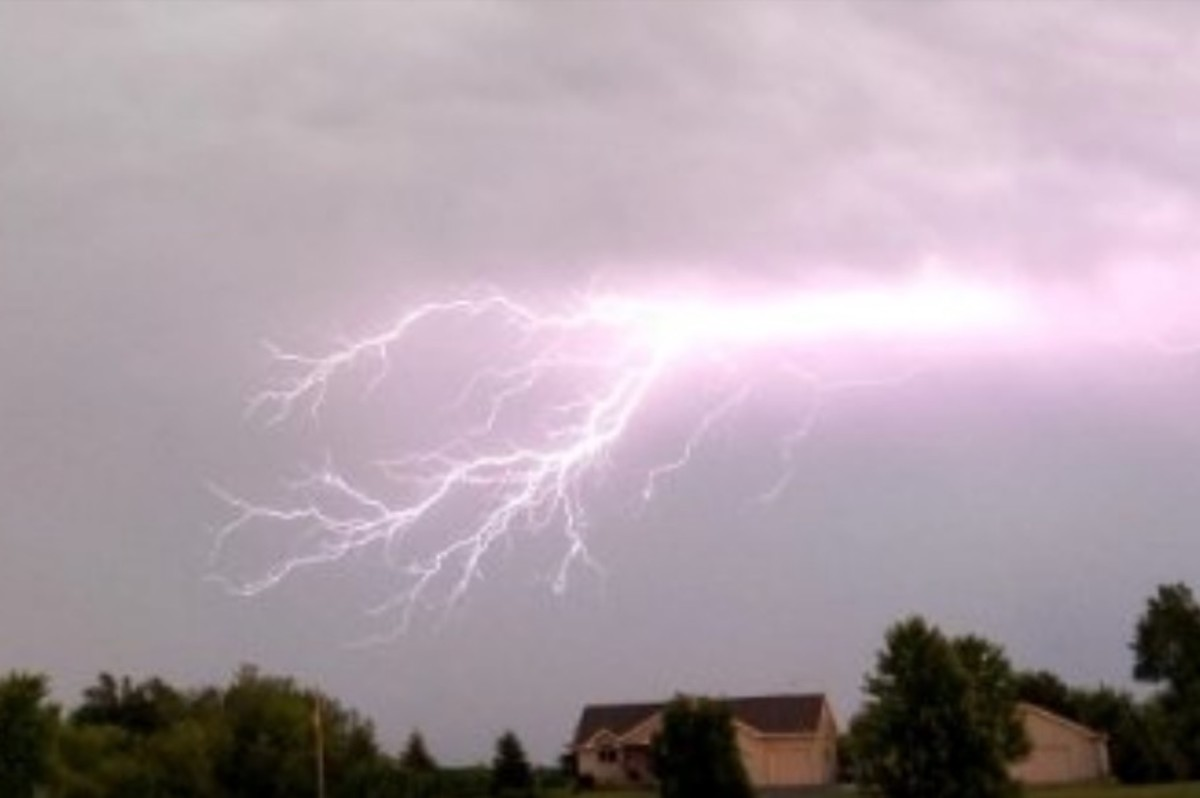Severe Thunderstorm Watch Includes Twin Cities As Morning
