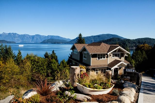 4 Reasons Millennials Should Buy A Retirement Home First