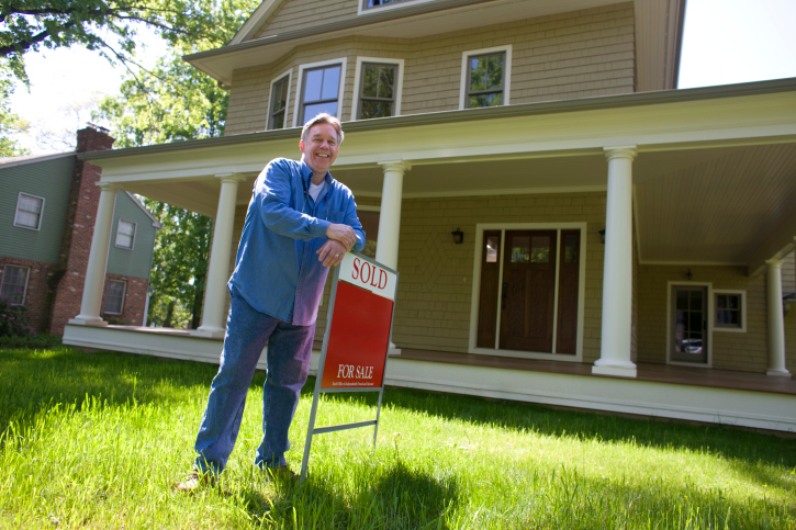 National Association of REALTORS Sales of PreOwned Homes Dip