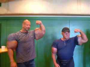 injecting_synthol_into_your_muscles_can_make_you_instantly_look_like_a_douchebag_640_29