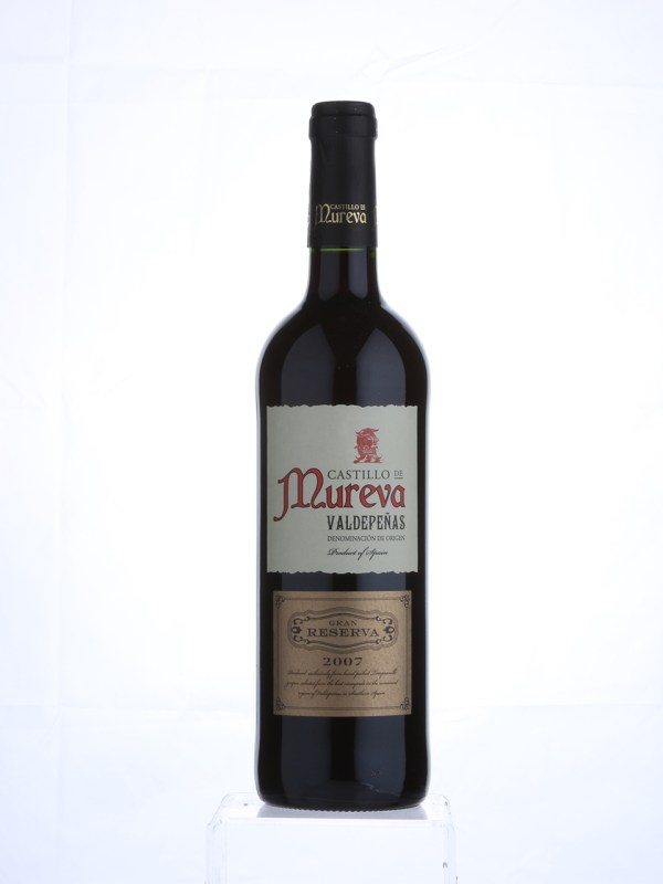Deep cherry red in colour with aromas of strawberries and fruits of the forest, this is a smooth and well-balanced red wine. A heady mix of cherry fruit and spice – great with steak, lamb, or roasted vegetables. Organic red wine available through our click and collect service at Brio Tapas Bar & Restaurant.