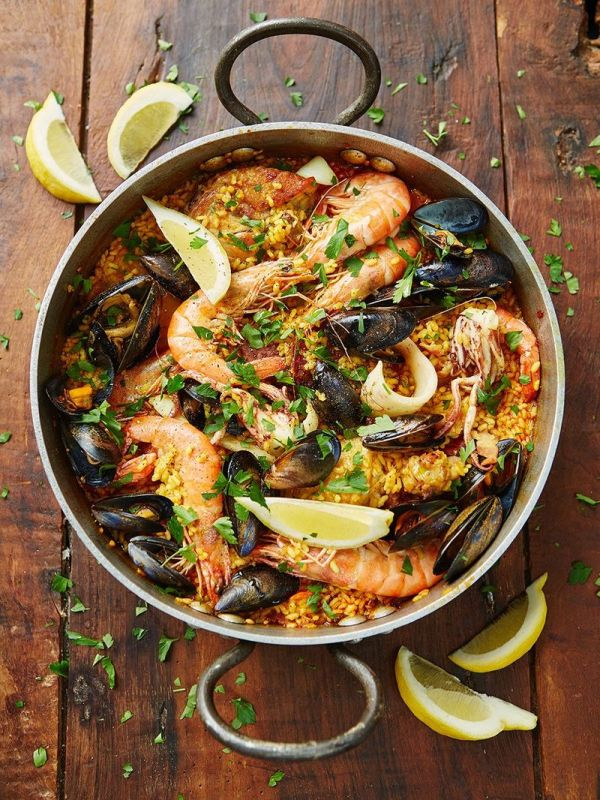 Seafood paella available at Brio Tapas Bar & Restaurant Clapham. Order with our click and collect system.