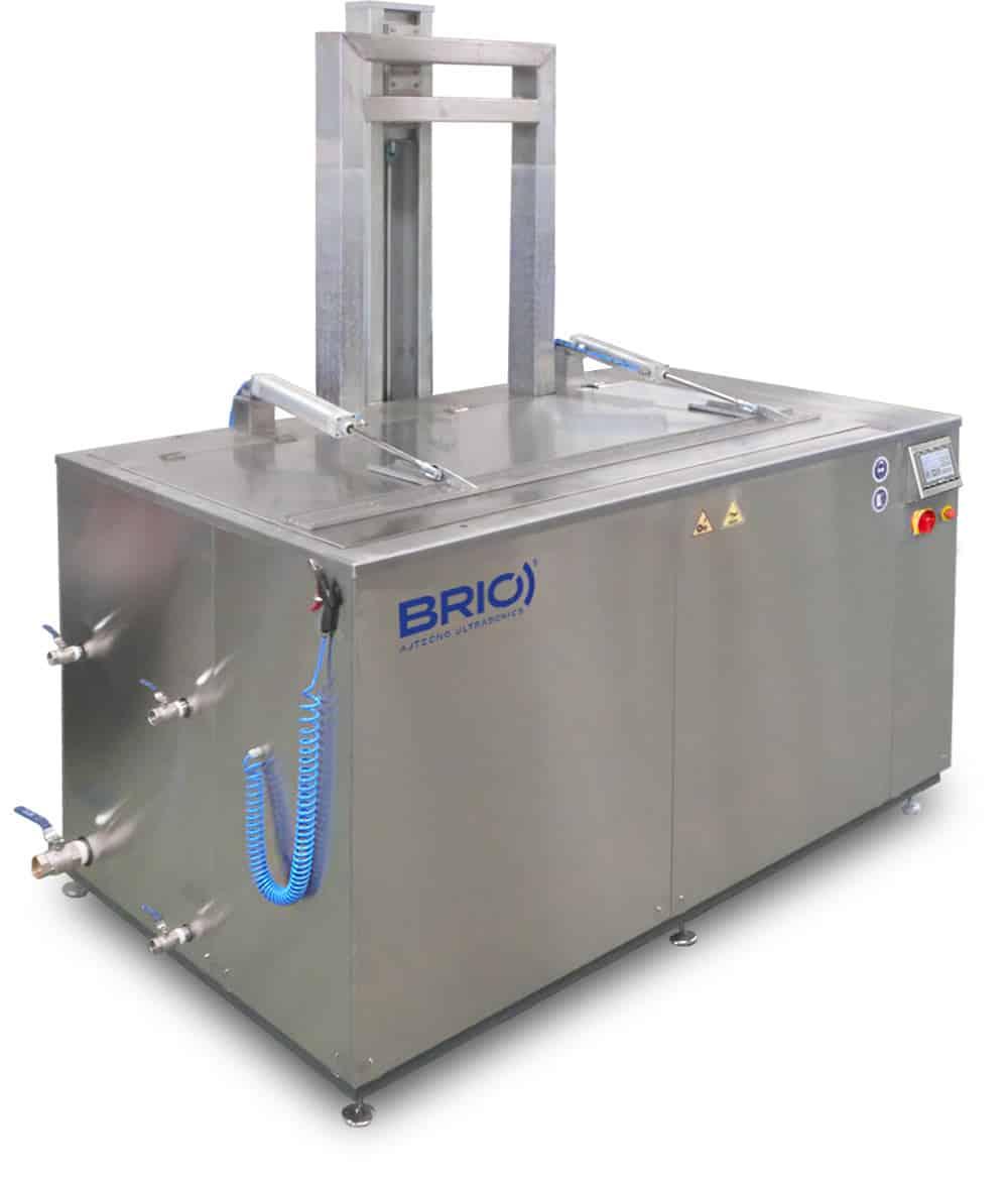 Maquina de limpieza por ultrasonidos BRIO automática para el mantenimiento naval. 2000 litros.