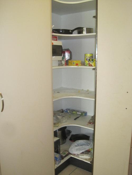 Der Küchenschrank