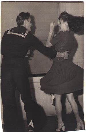 Maxie Dorf and and Colleen 1942