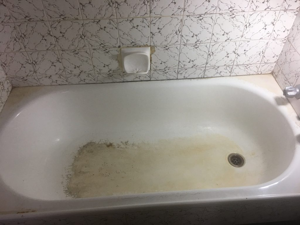 Very stained bath
