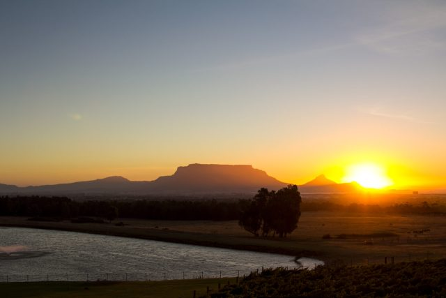 Table Mountain sunset; credit De Grendel
