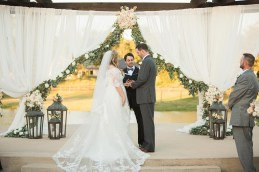 outdoor-wedding-ceremonies-at-briscoe-manor-017