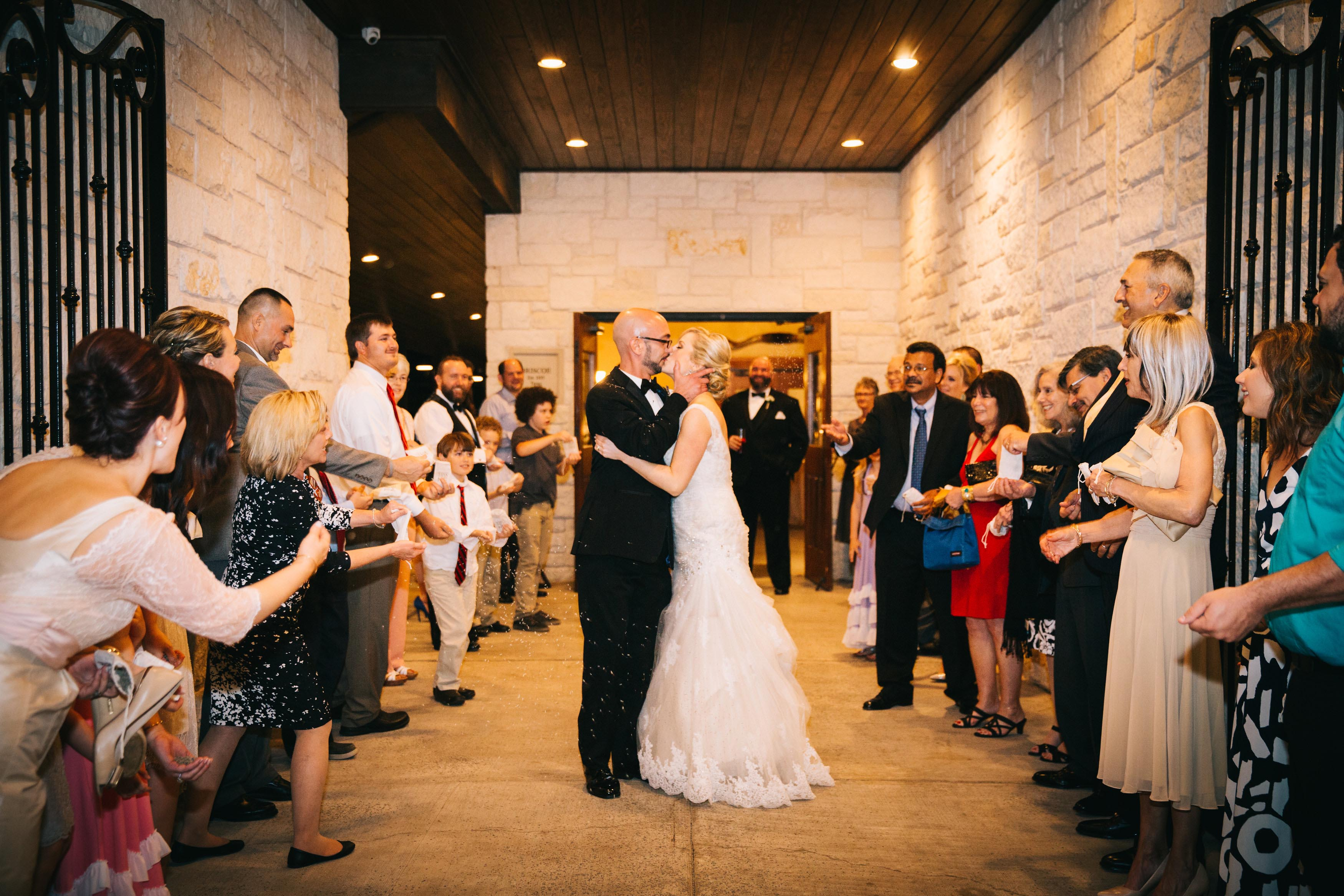 photos-of-wedding-departures-at-briscoe-manor-010
