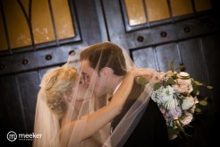 photos-of-brides-grooms-at-briscoe-manor-050