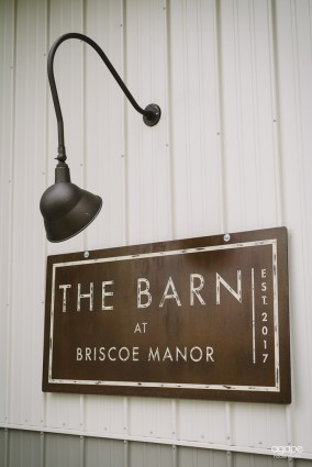 the-barn-at-briscoe-manor-00001