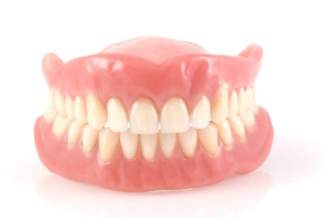 Complete Dentures - Mississauga Dentist - Bristol Dental