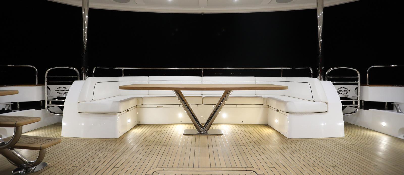 Sunseeker-28-Metre-Yacht-Diablo-Aft-Cockpit