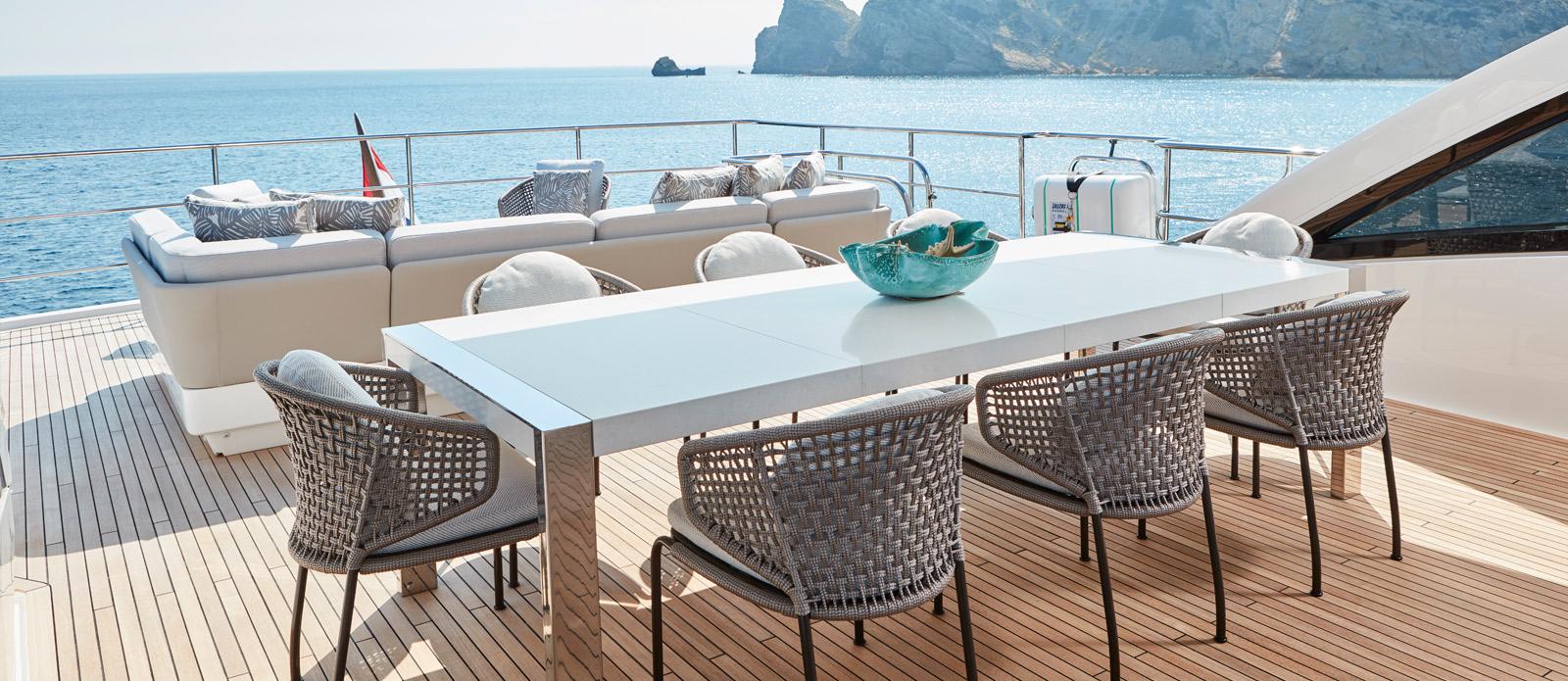 Princess 30 Metre Yacht Bandazul - Flybridge Dining Area