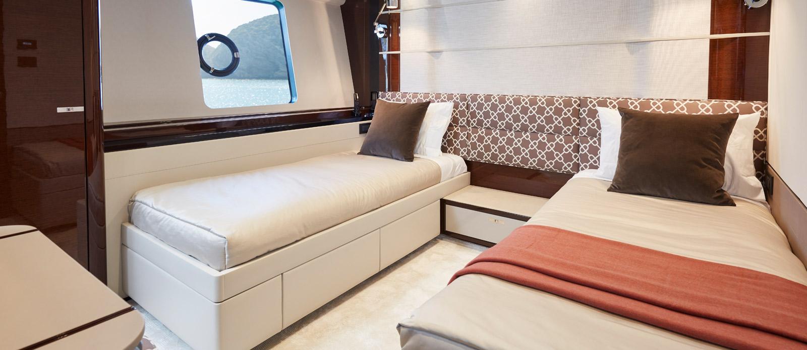 Princess 30 Metre Yacht Bandazul - Twin Guest Cabin