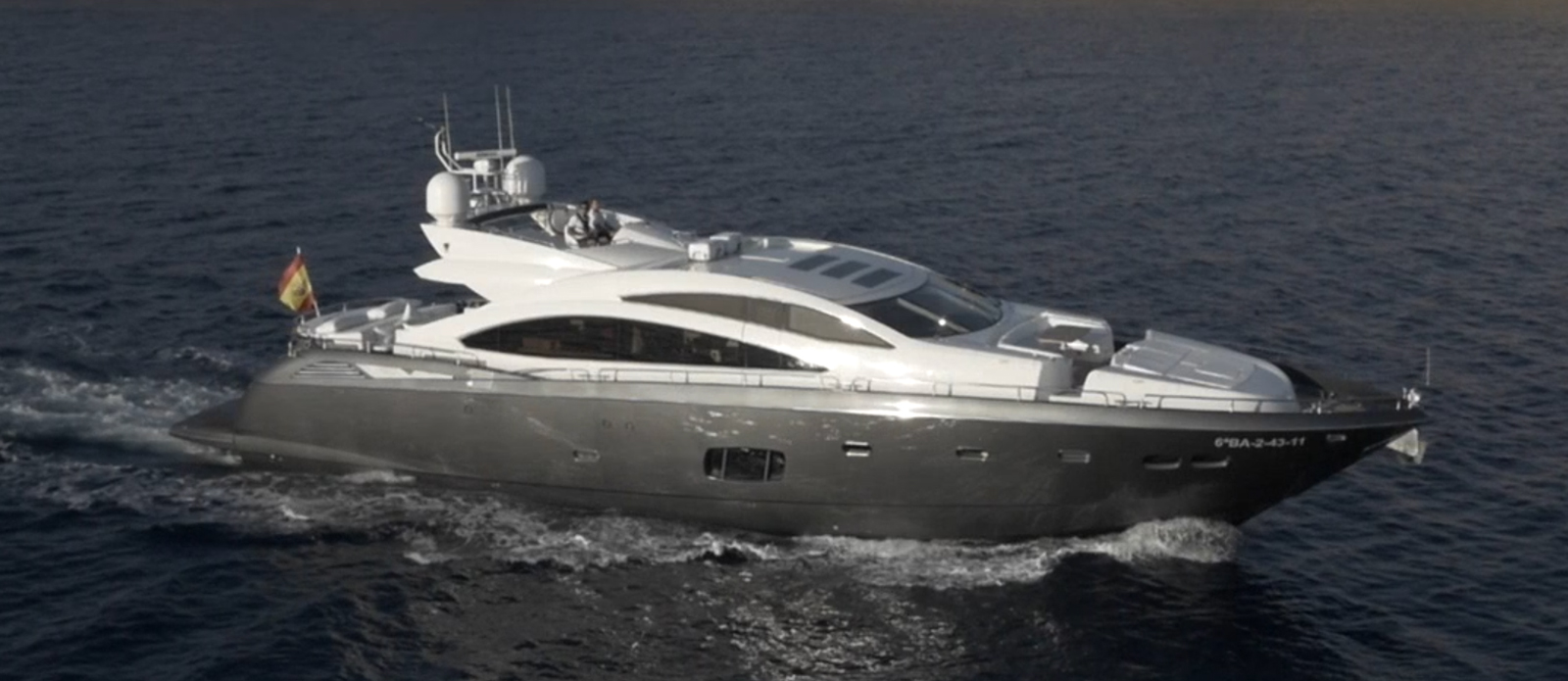 Sunseeker-84-Predator-Alvium-Side Profile 3