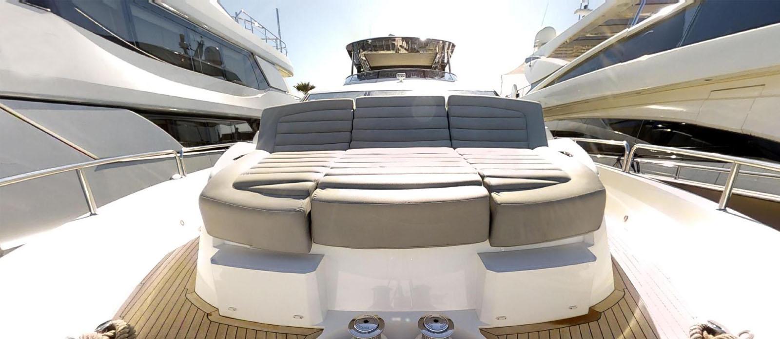 Sunseeker-86-Yacht-MiBowt-Bow-Sunbathing
