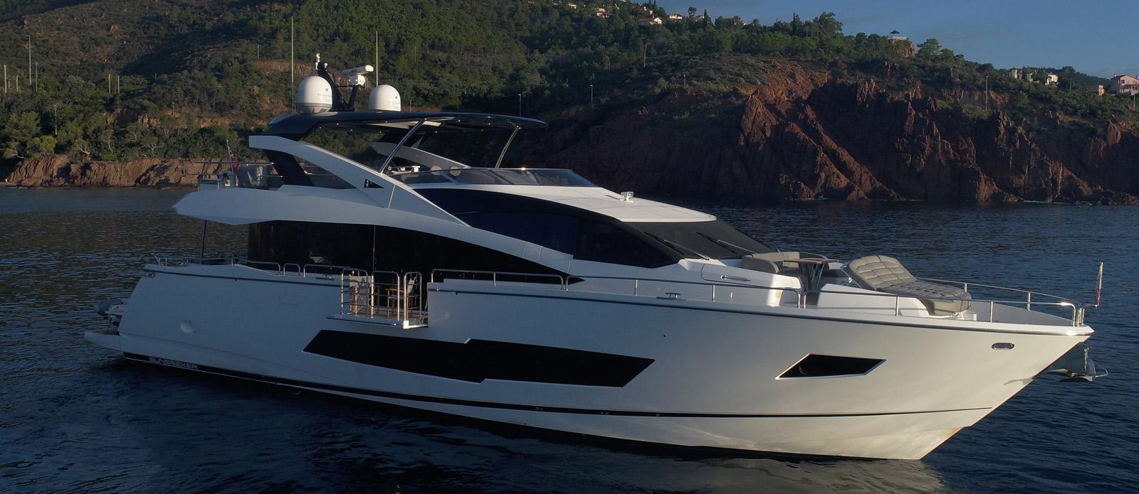 Sunseeker 86 Yacht MiBowt Opening Balcony