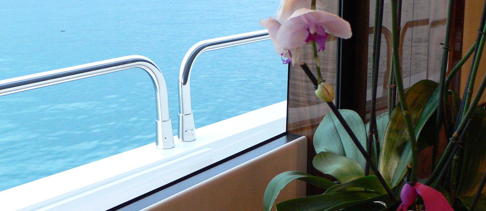 Sunseeker-30-Metre-Yacht-Tuppence-Detail