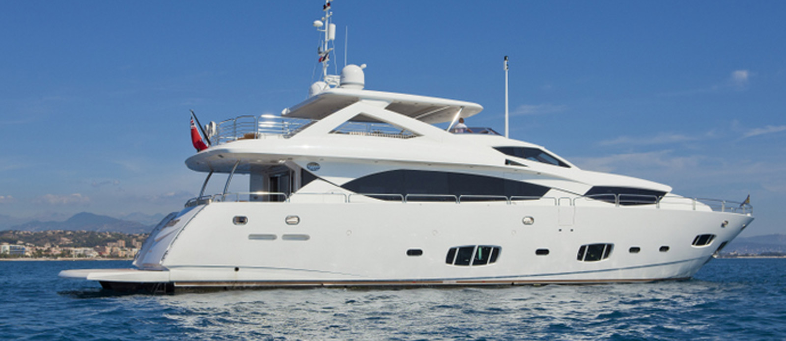 Sunseeker-30-Metre-Yacht-Tuppence-Side-Profile-2