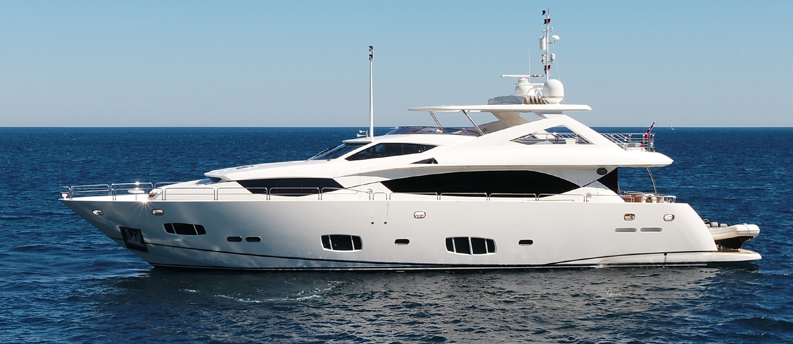 Sunseeker-30-Metre-Yacht-Tuppence---Side-Profile