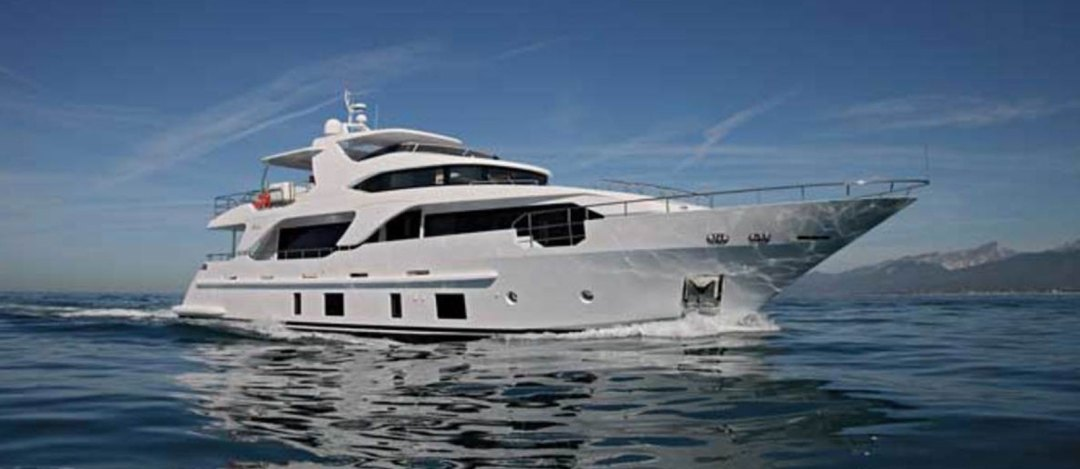 Benetti-Delfino-93-Wanted-For-Sale-by-Bristow-Holmes