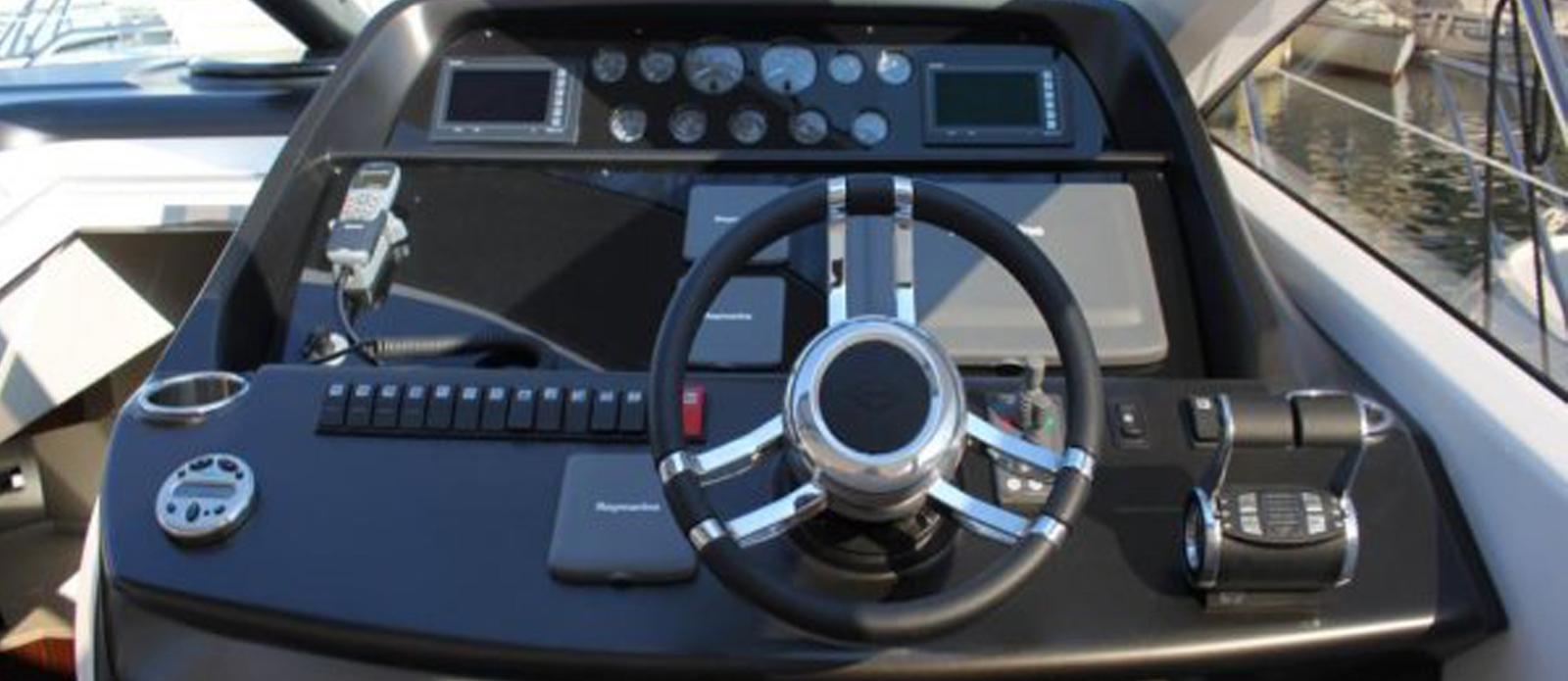 Sunseeker-Predator-60-KUSHTI-Helm