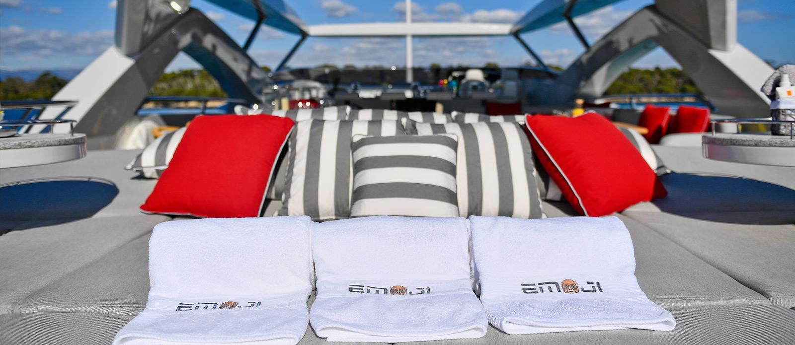 Sunseeker-34-Metre-Yacht---Emoji---Sunpad-2