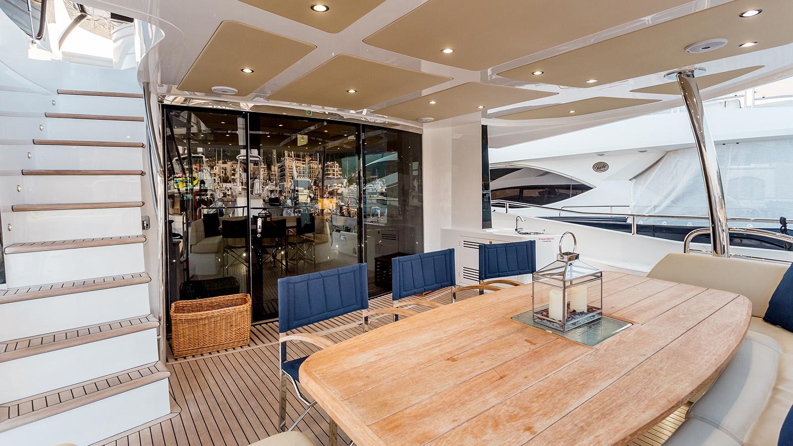 Sunseeker 86 Yacht - Stardust of Poole - Aft Deck
