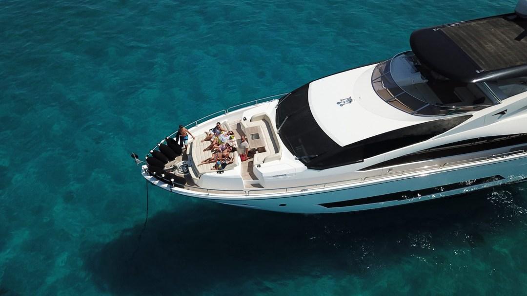 Sunseeker 86 Yacht - Stardust of Poole - Bow