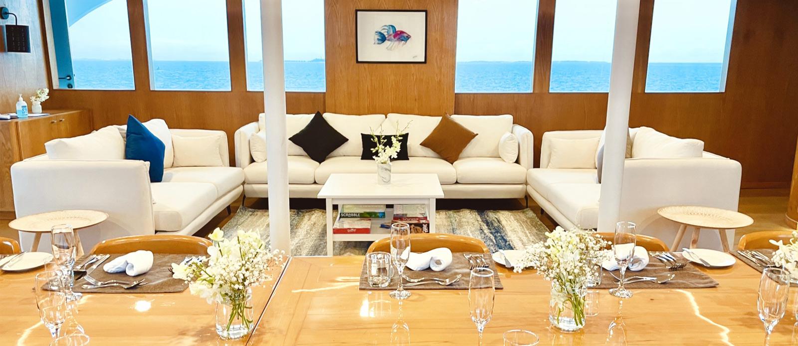 Safira-Luxury-Yacht-For-Sale-Interior-1