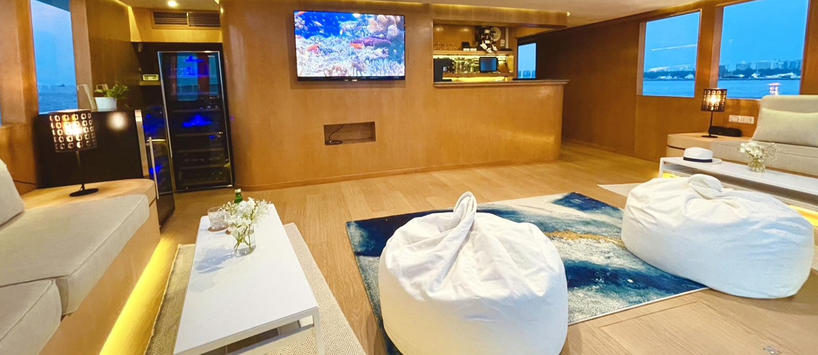 Safira-Luxury-Yacht-For-Sale-Interior-6